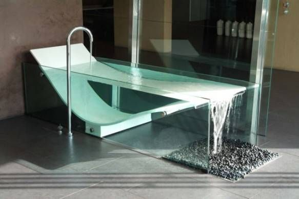 le cob glass bathtub this is an unfussy tub with an. Black Bedroom Furniture Sets. Home Design Ideas