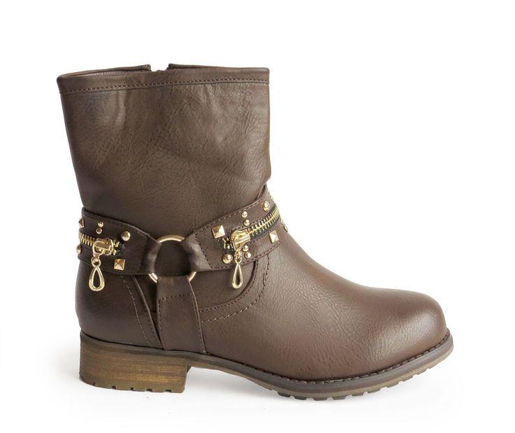 botas con hebilla dorada marrones 29,90€ www.calzadospayma.com