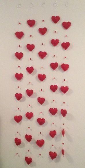 Cortina de Coração de Feltro (móbile)