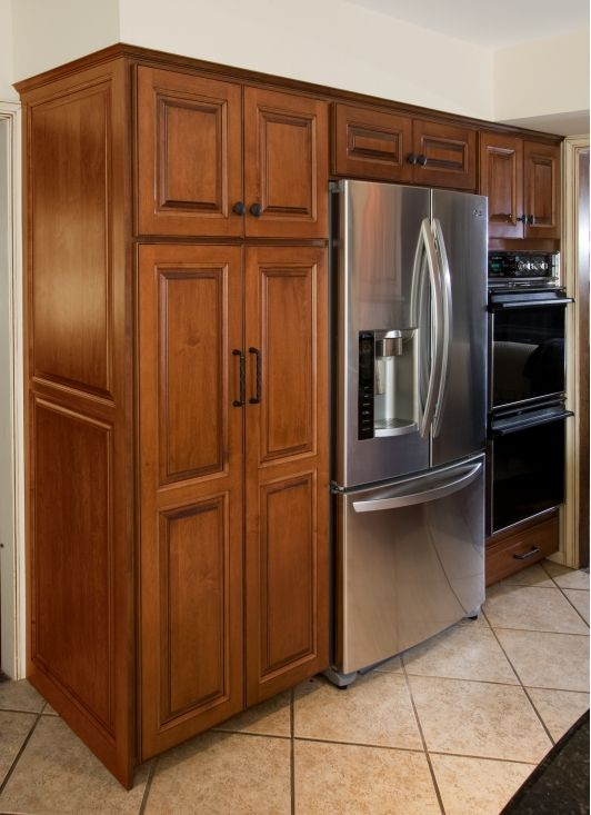 Best 25 refinish kitchen cabinets ideas only on pinterest for Kitchen cabinet refurbishing ideas