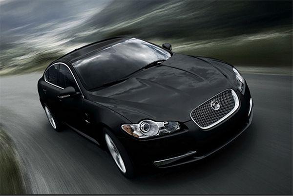 Jaguar XE - Lifestyle NWS