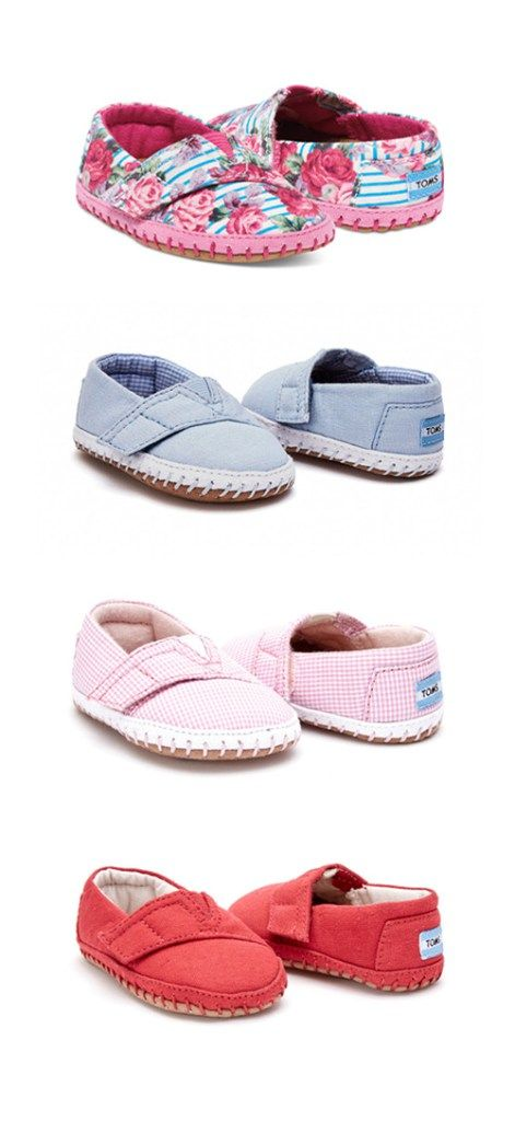 Tiny TOMS Crib Shoes