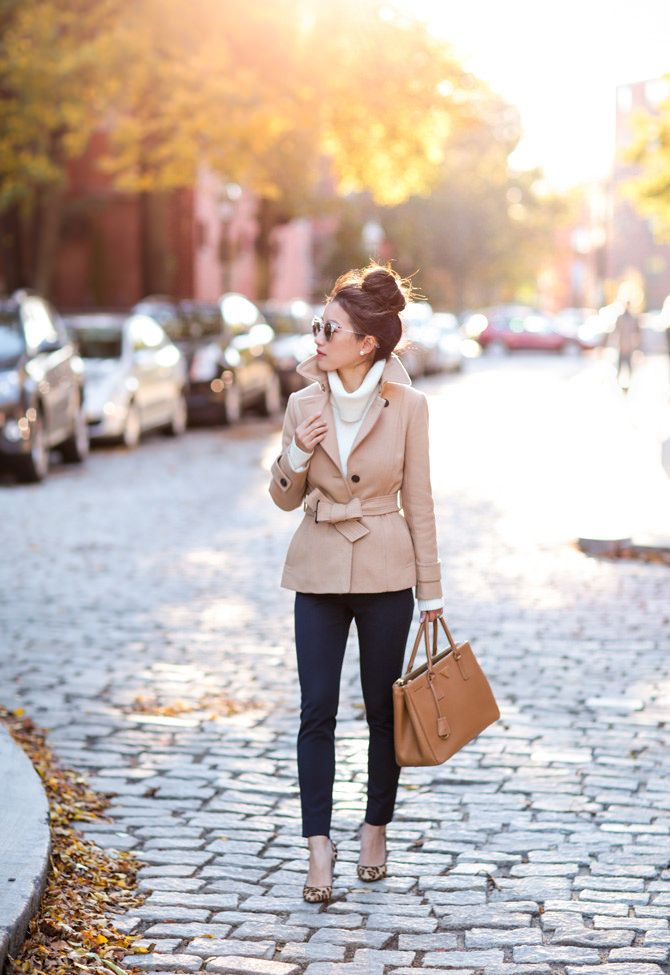 camel trench coat navy pants classic outfit ideas