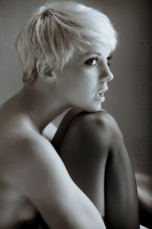 love the bleach blonde pixie