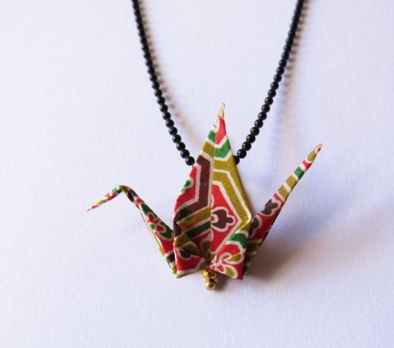 Collier oiseau en origami par Coquetteenpapier sur Etsy
