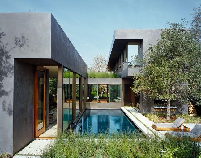 Nowoczesny dom, nowoczesna rezydencja, luksusowy dom Vienna Way, willa marzeń, dom z basenem, basen koło domu, zieleń na dachu, nowoczesny szary budynek, inspiracje, design - zapraszam do wpisu na blogu Pani Dyrektor.