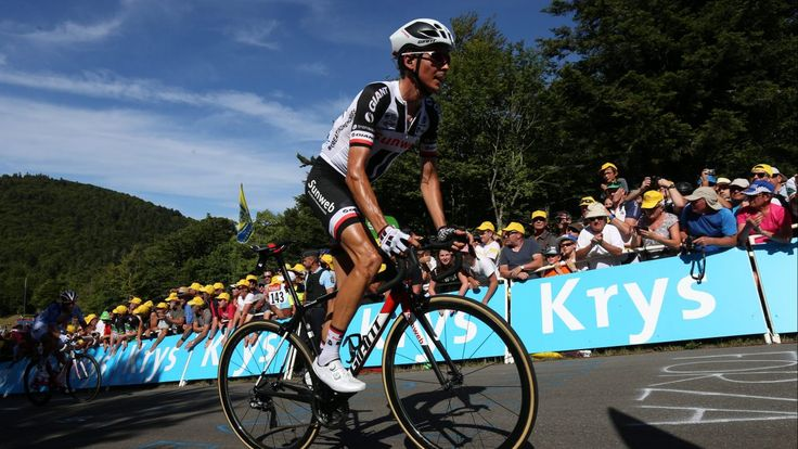 Just in: La folle journée de Warren Barguil http://olaaasports.com/fr/cyclisme/la-folle-journee-de-warren-barguil/?utm_campaign=crowdfire&utm_content=crowdfire&utm_medium=social&utm_source=pinterest