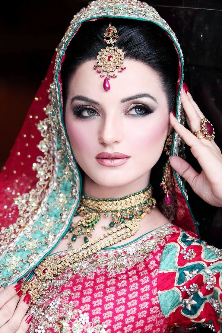 Bollywood Bride Hairstyles Bollywood Brides Pinterest