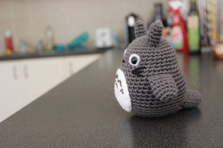 Hello again! My sister has been asking me to make one of these for a long time, and now that assignments are over, I've finally gotten around to it. So here he is: My Neighbour Totoro! As always, if...