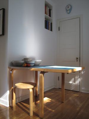Alvar Alto breakfast table - fold down leaf extension - 1960's