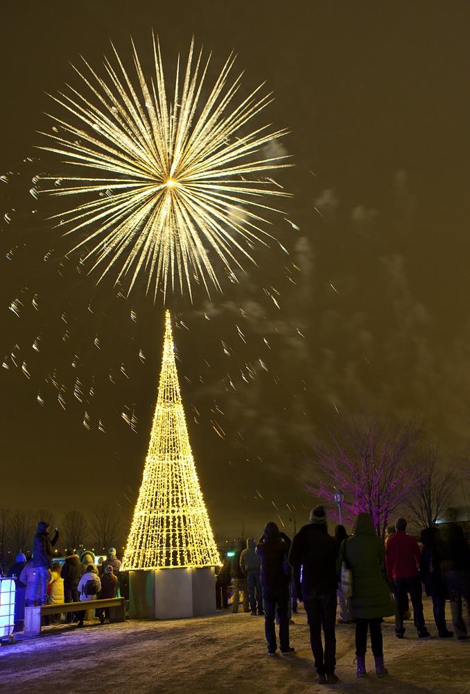 Vieux-Port Montreal - Photo Eva Blue - Christmas Light
