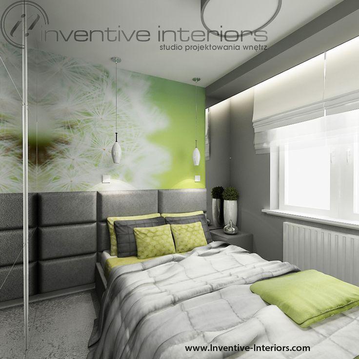 Projekt sypialni Inventive Interiors - Zielona fototapeta w szarej sypialni