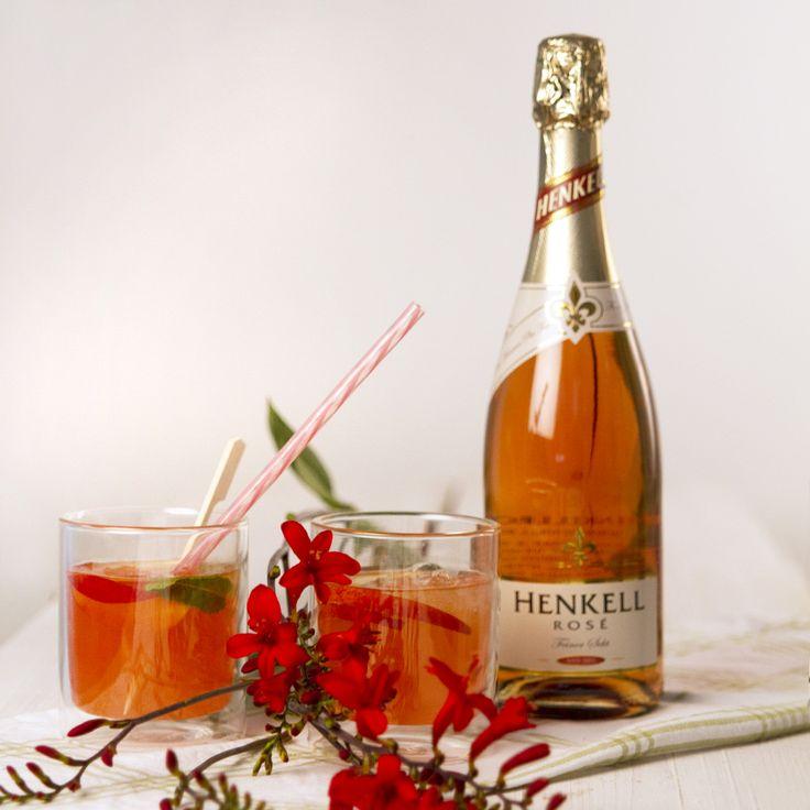 Karibische Sommerbowle: mit Henkell Sekt, Honigmelone und Pfirsichen