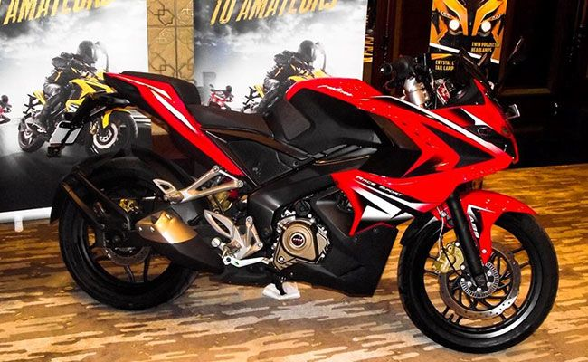 Bajaj Auto launches Pulsar RS200 in the Indian market