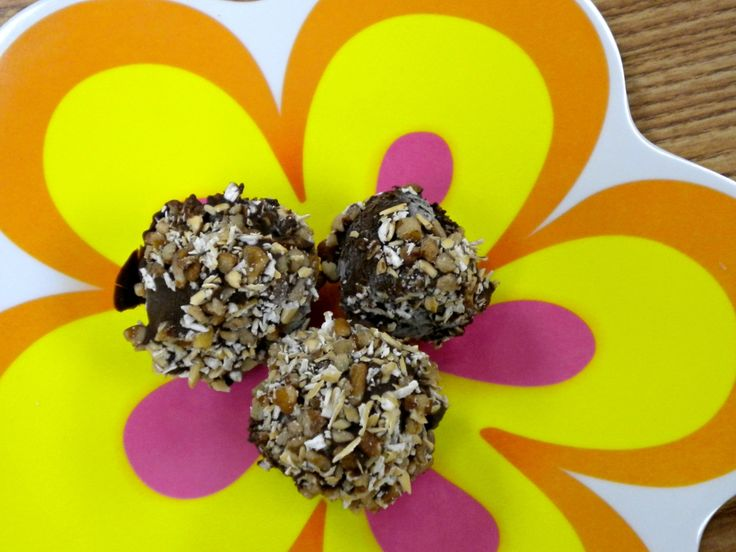 Coach's Oats Monkey Bites! - Frozen Banana bites dipped in Dark chocolate and rolled in oats and nuts!