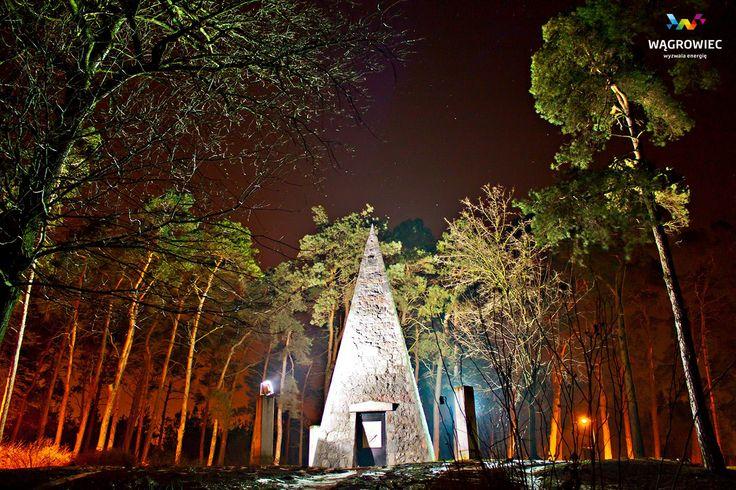 #wągrowiec #wielkopolska #piramida #napoleon #piramidałakińskiego #polska #poland #wagrowiec #las #forest #piramide Fot. Ł. Cieślak