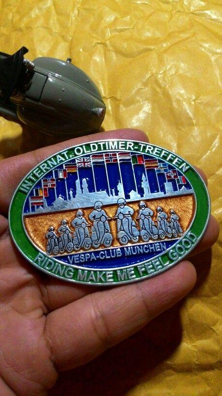 Badge placca vespa treffen vespa club munchen Size. 7.2cm to 5.5cm