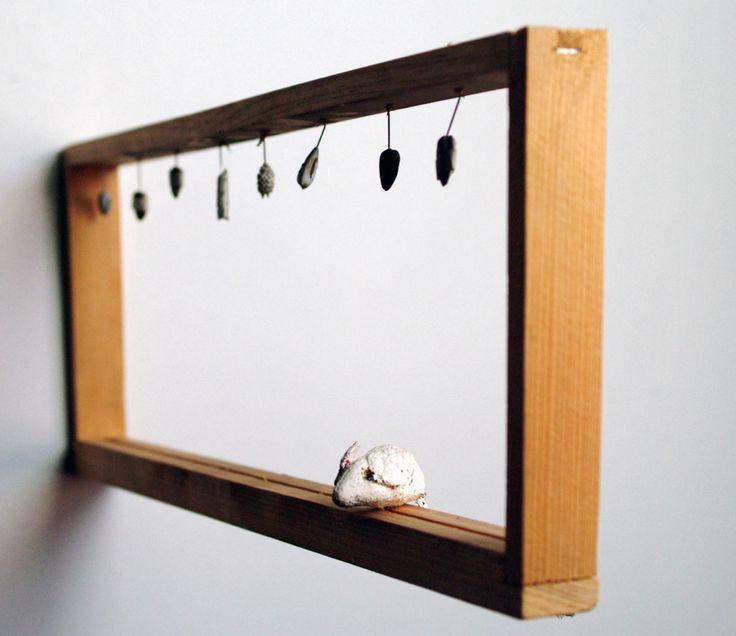 CIBO; topolino di stoffa ,semi di girasole numerati,telaio in legno,16 x 43 cm, 2003