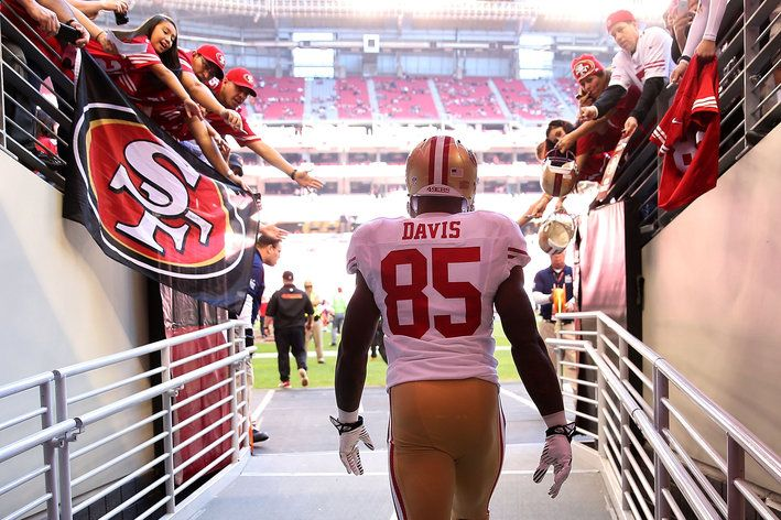 Fantasy football tight end preview: Don't expect another 2013 from Vernon Davis - Niners Nation