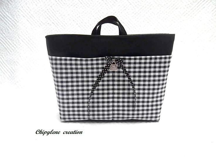 Organiseur de sac 8 pochettes - anses, mousqueton - black and white : Etuis, mini sacs par chipylene