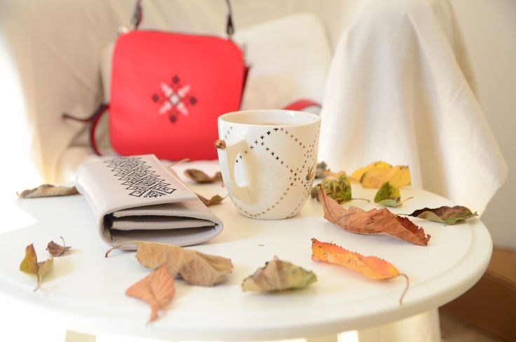 Golden leaves and October evenings make for peaceful autumn feelings. #fashion #autumn
