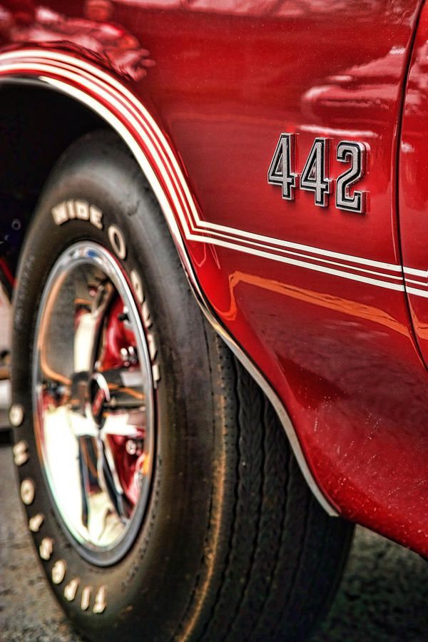 Red #Oldsmobile 442 #coolcars QuirkyRides.com