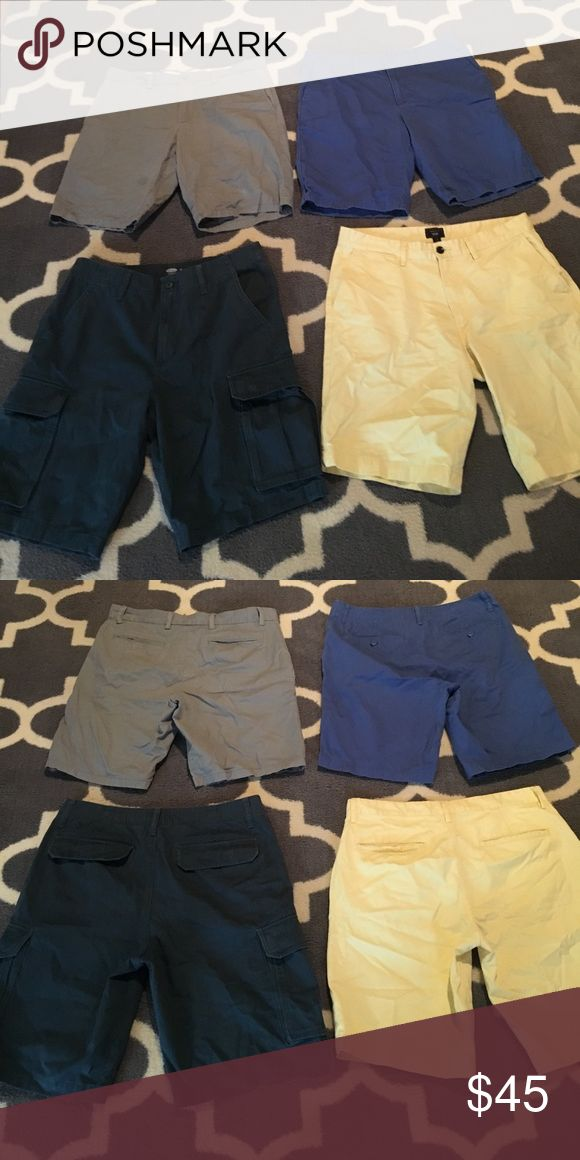4 Old Navy Gap Men's Shorts Bundle 33 Gap khakis lived in short 33 inch waist inseam 10 inches light yellow.   Old Navy medium blue shorts 33 inch waist tension same old navy slim shorts gray 33 inch waist 10 inch inseam Old Navy dark turquoise cargo shorts 34 inch waist 10 inch inseam. All went great like new condition. Check out my closet to bundle.  Considering offers on all men's clothes. Old Navy Shorts Flat Front