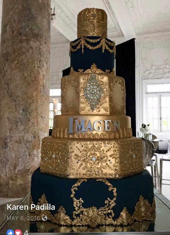 Wedding cakes reference - Refined and romantic arrangements to make a most memorable #tealweddingcakesideas
