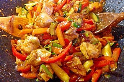 Hähnchen in Honig-Sesam Sauce und Gemüse