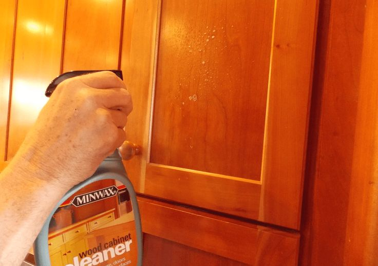 How to remove mold from kitchen cabinets