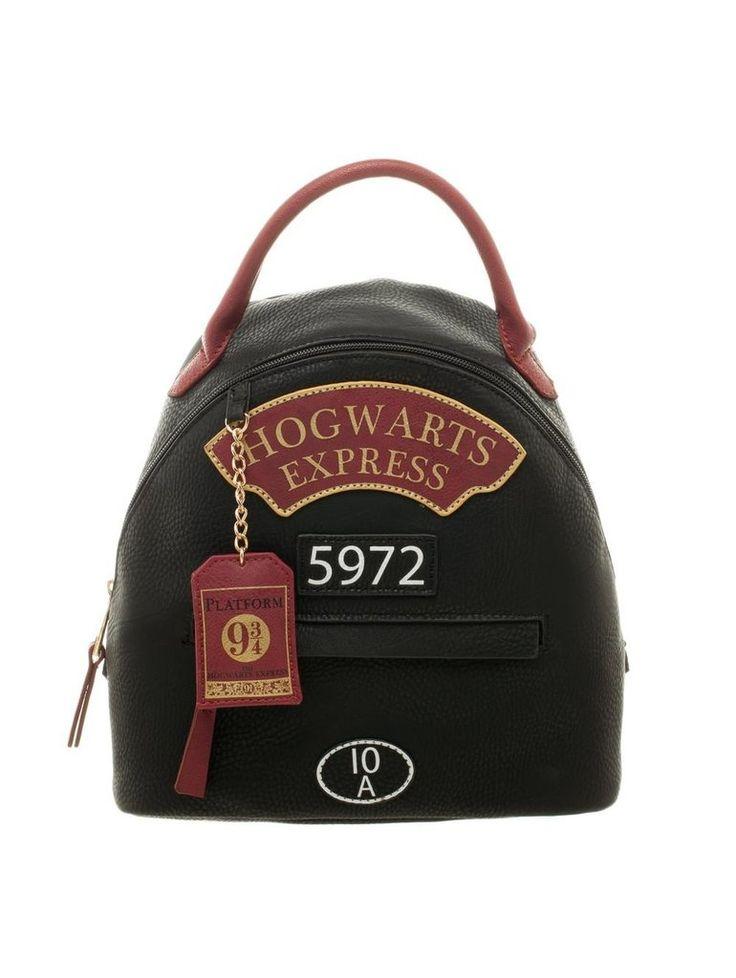 Hogwarts Express Mini Bagpack #harrypotter #potterhead #jkrowling #hogwarts #hogwartsexpress #platform934 #gryffindor #ravenclaw #slytherin #hufflepuff #bagpack #bag #accessories