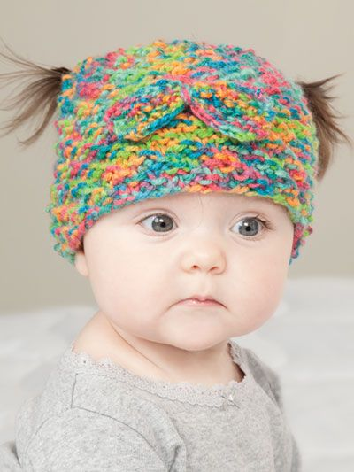 ANNIE'S SIGNATURE DESIGN: Messy Bun & Pigtail Knit Hat Pattern designed by Lena Skvagerson for Annie's. Order here: https://www.anniescatalog.com/detail.html?prod_id=135348&cat_id=2388