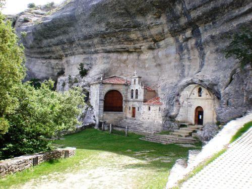 San Tirso y San Bartolome. Ojo Guareña. Burgos