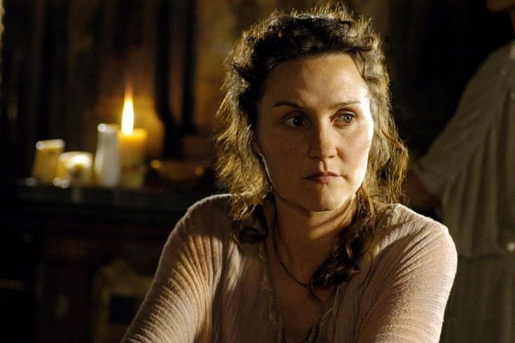 Esther Hall as Lyde in Rome
