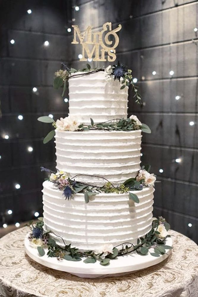 30 Beautiful Wedding Cakes The Best From Pinterest Cool Wedding Cakes Wedding Cake Table Decorations Wedding Cakes