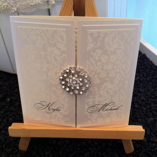 Designer wedding invitation from Essentric.
