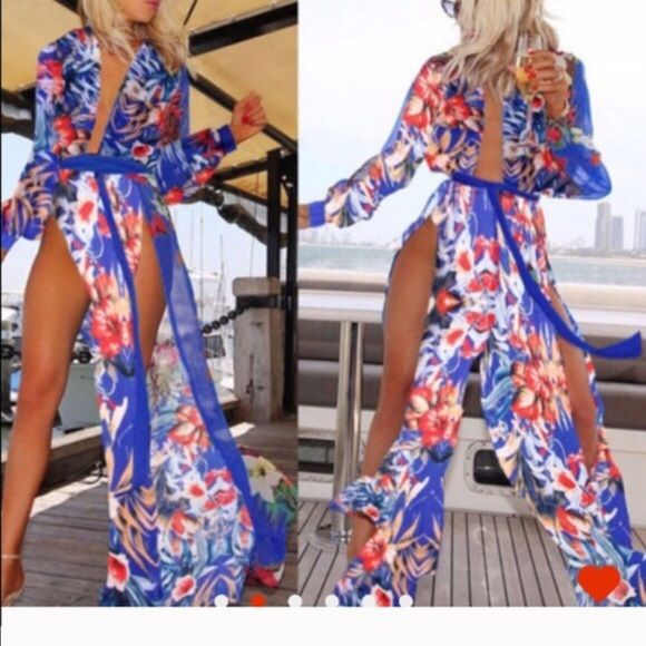 Floral beautiful swim cover up Beautiful swim cover up must have nwot Swim Coverups