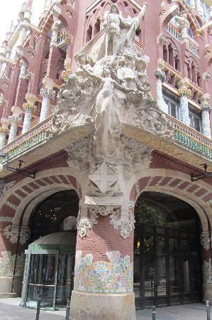 Palace of Catalan Music (Palau de la Musica Catalana): Palace of Catalan Music - entrance/corner view  in barcelona