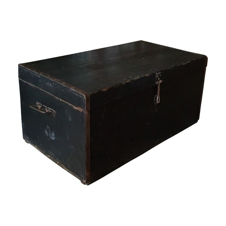Vintage French Rustic Chest / Ottoman / Blanket box