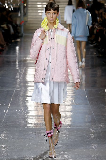 Miu Miu Fall 2014 RTW - Review - Fashion Week - Runway, Fashion Shows and Collections - Vogue