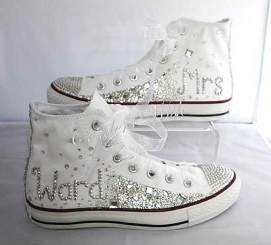 Scarpe da sposa converse bianche con brillanti. Wedding white converse shoes. #wedding #wedding shoes