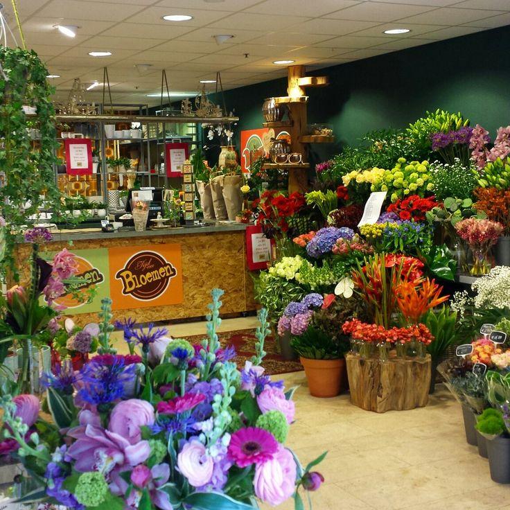 #tijdvoorbloemen#promenade#zoetermeer#bloemenwinkel#stadshart#bloemen#flowers#colour#flowershop