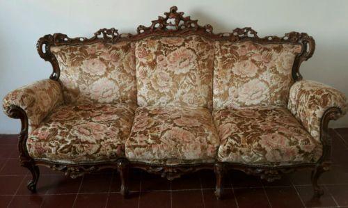 Salotto Divano Poltrone Poltroncine Tavolino Fumo Stile Barocco Vintage in Legno…