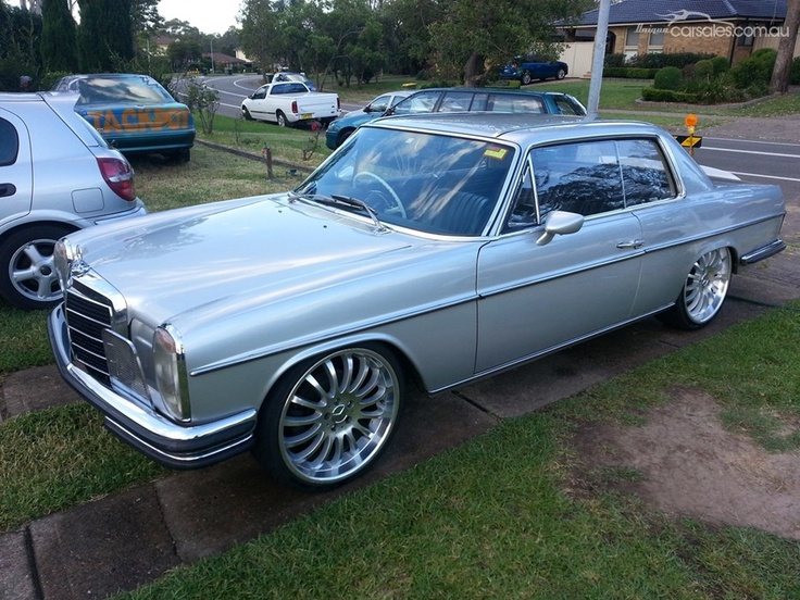 Unfortunate choice in wheels on an otherwise gorgeous 1970 for Mercedes benz school