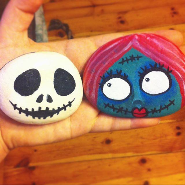 Did some matching #jackandsally #nightmarebeforechristmas stones today! …