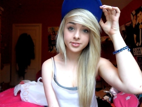 Her hair.gyfcyuv.