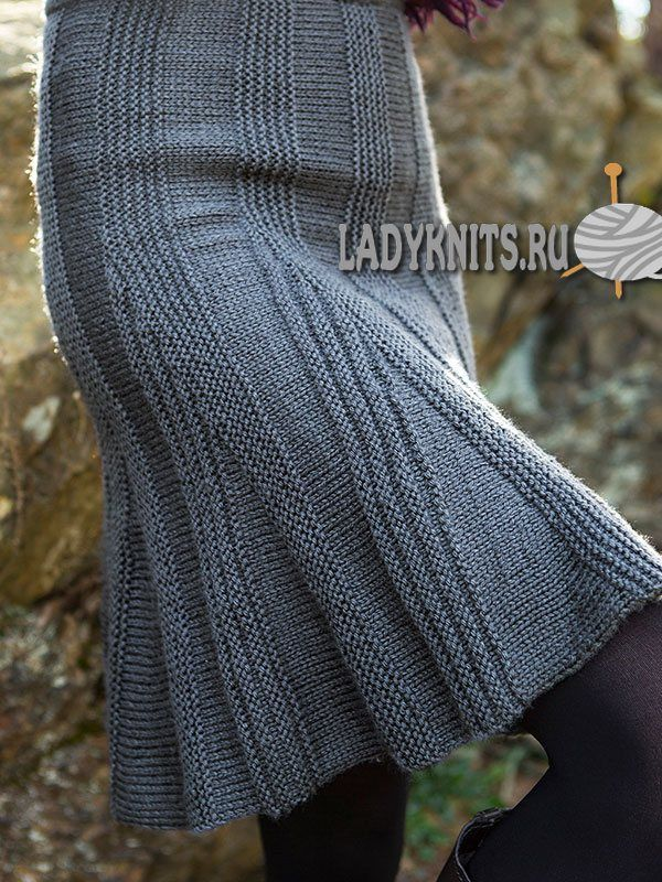 Вязаная спицами теплая юбка-годе