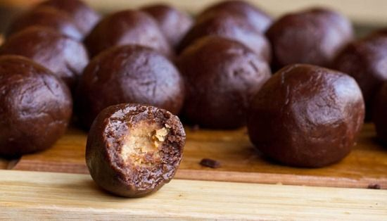 Peanut Butter Chocolate Pillows | Inspiring Food | Pinterest