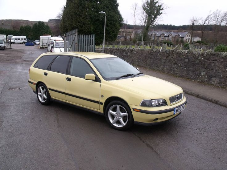 2000 Volvo v40 Estate