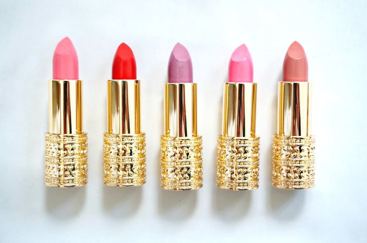 Oriflame - Giordani Gold lipstick : Pink Delicacy / Red Attraction / Violet Dawn / Frosted Rose / Beige Suede